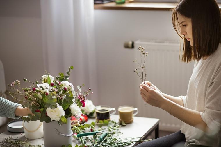 67704aab8b83c1 Flower Box DIY, czyli jak zrobić piękne pudełko z kwiatami za kilka ...