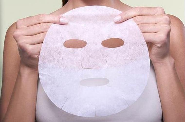 maska na plachcie